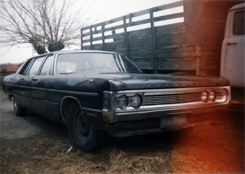 Plymouth Fury Limo 1969 01